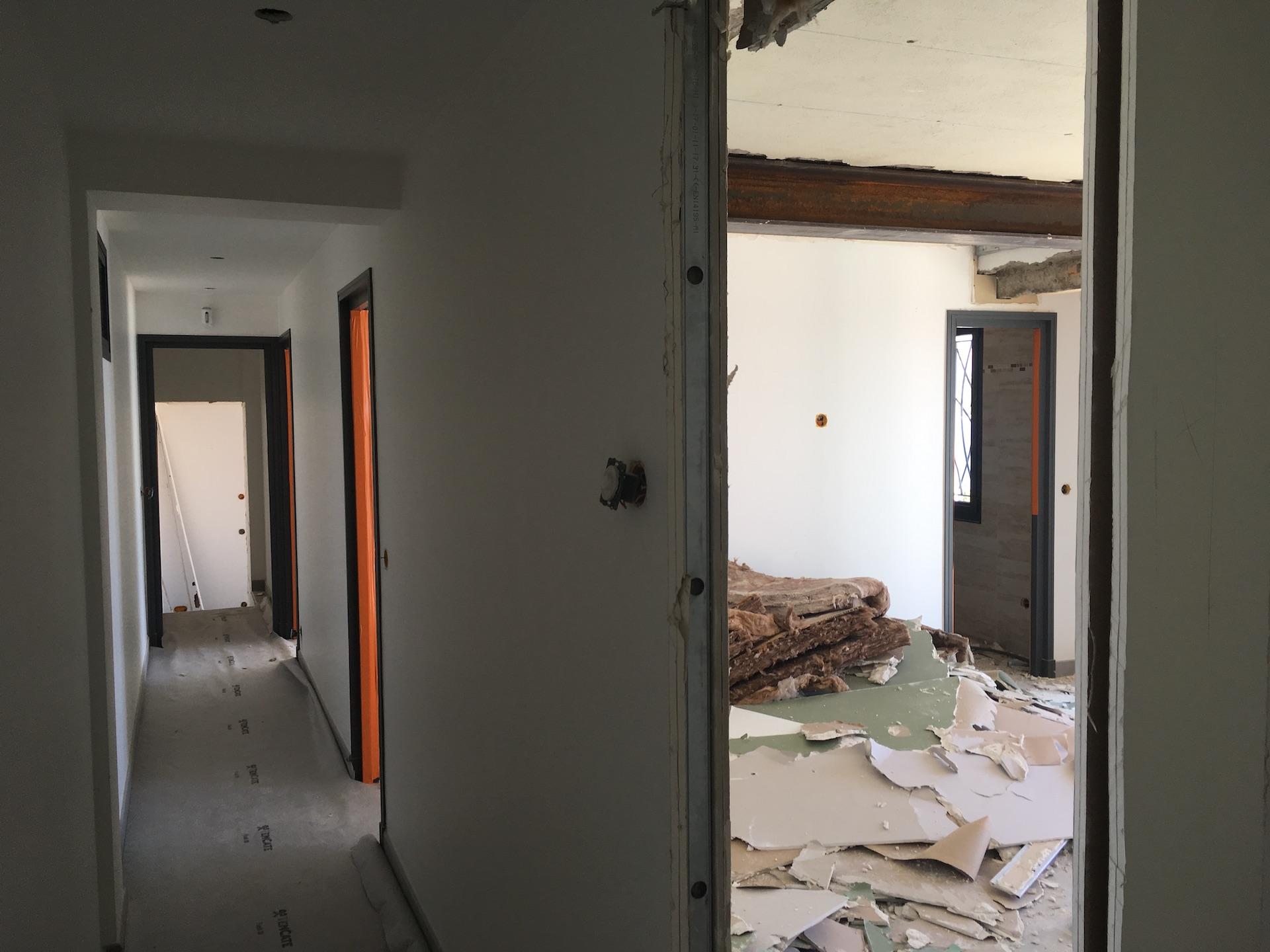 renovation villa pointe des sardinaux var23